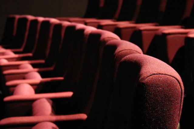theater-seats-1513151-639x426